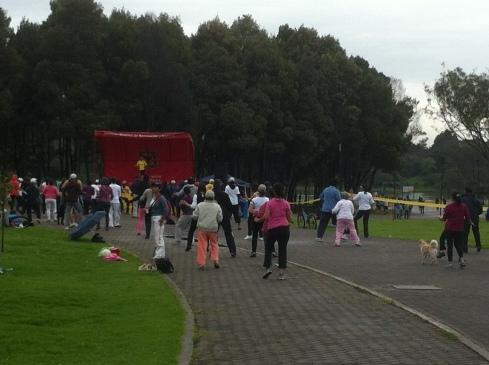 Free Zumba in Parque de Simon Bolivar.